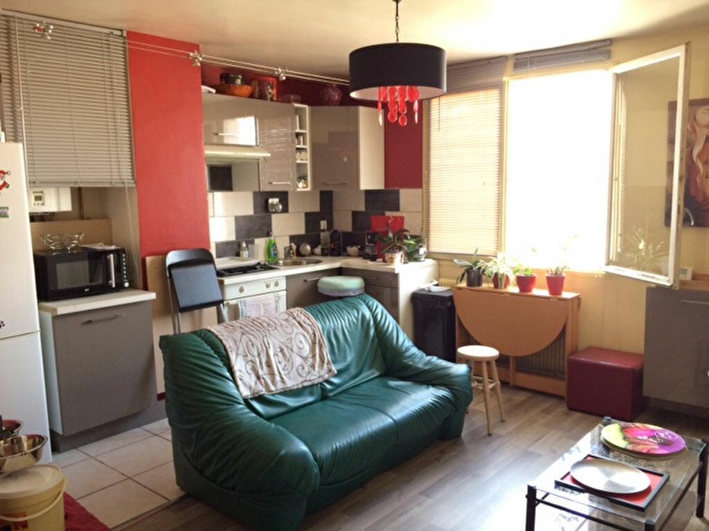 Location Appartement 2 pièces à Limours - vignette-1
