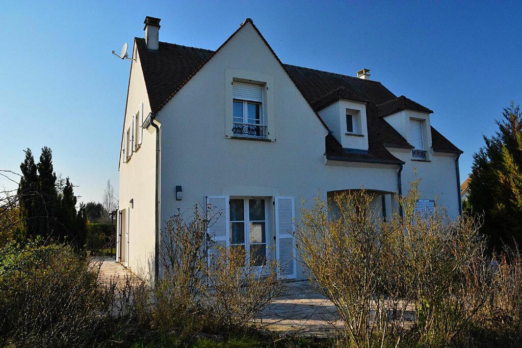 Achat Maison 6 pièces à Saint-Maurice-Montcouronne - vignette-1