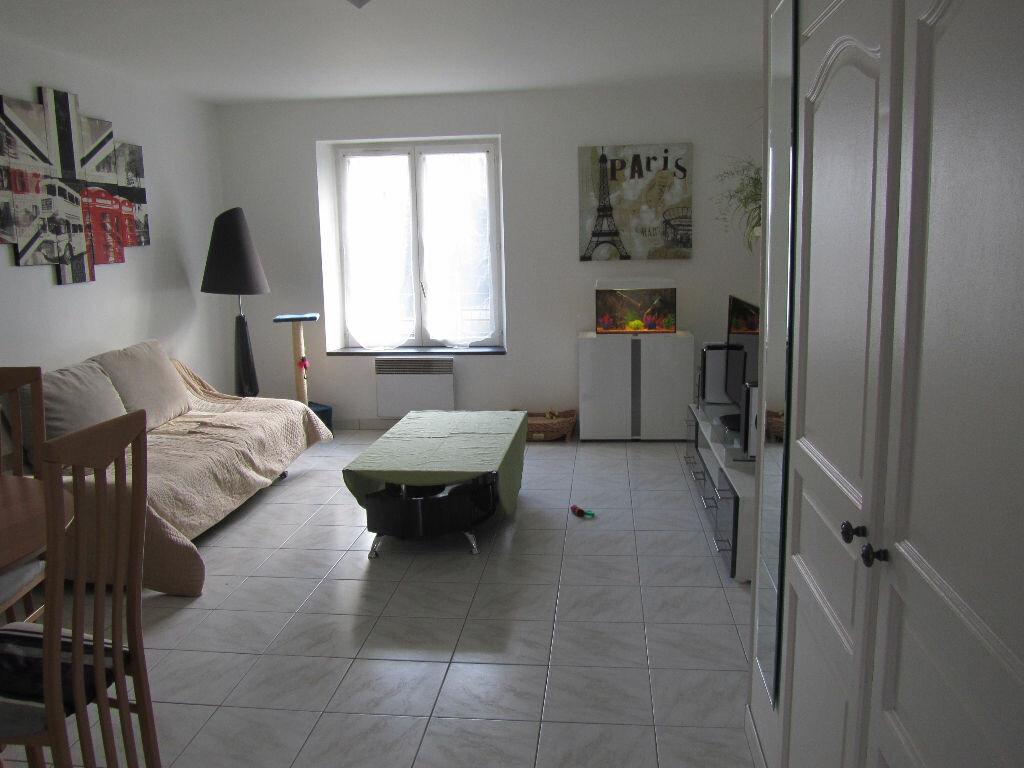 Achat Appartement 2 pièces à Pecqueuse - vignette-1
