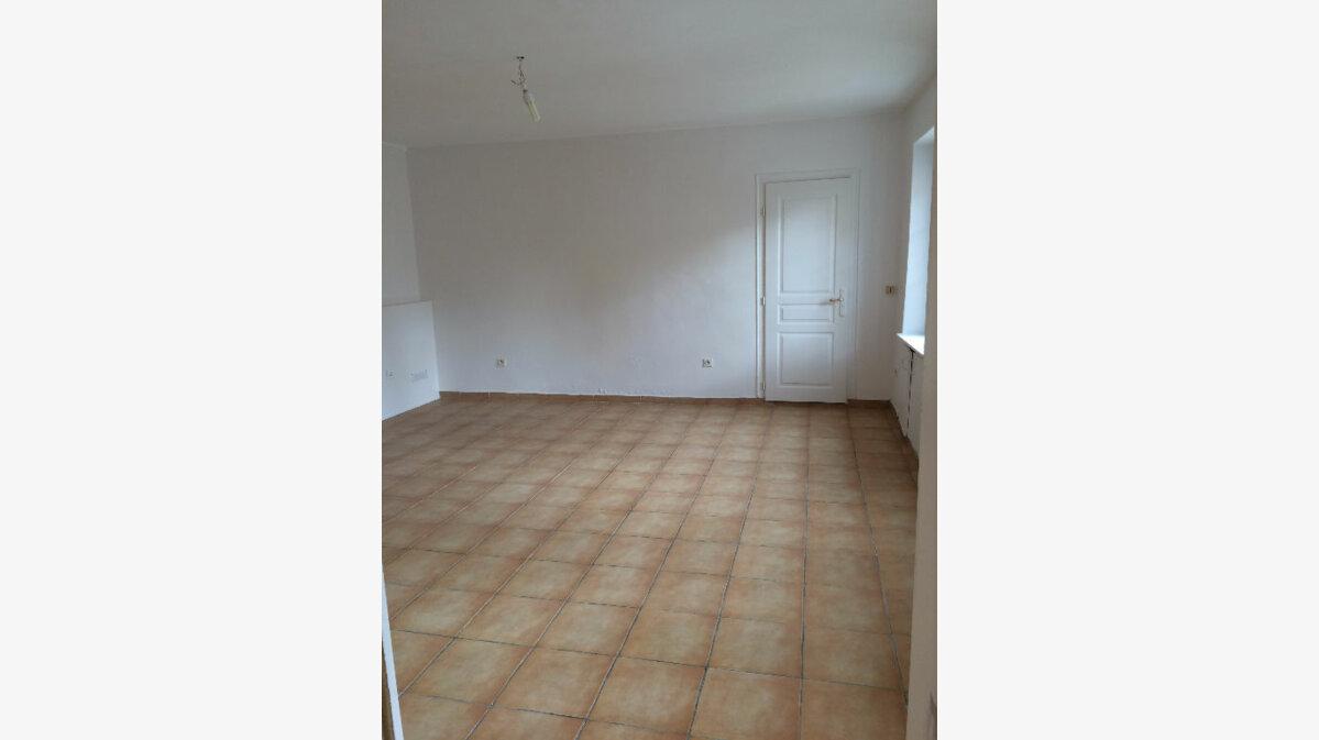 Location Maison 4 pièces à Bonnelles - vignette-1