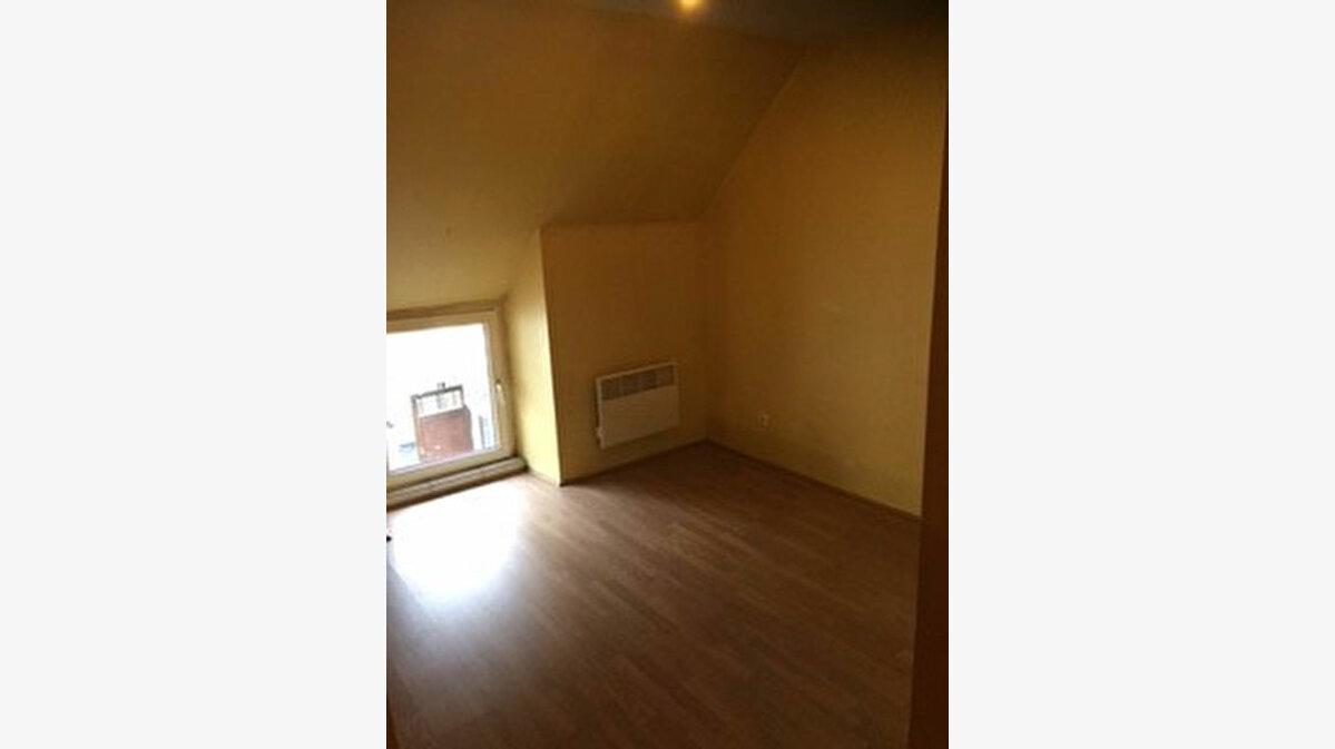Location Appartement 1 pièce à Saint-Chéron - vignette-1