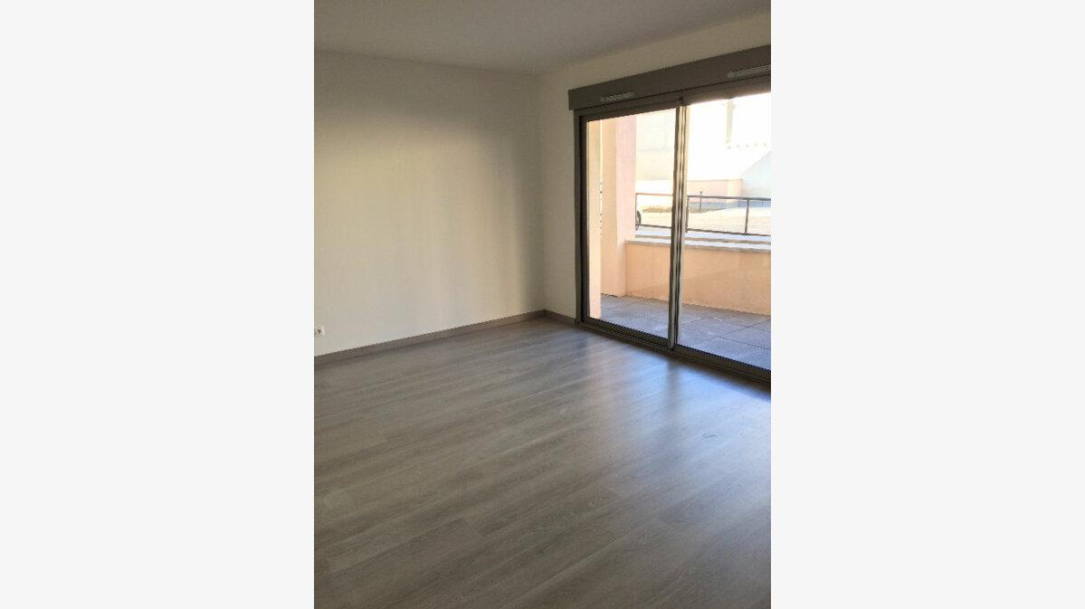 Location Appartement 3 pièces à Limours - vignette-1