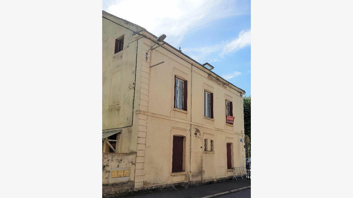 Achat Appartement 4 pièces à Montceau-les-Mines - vignette-2