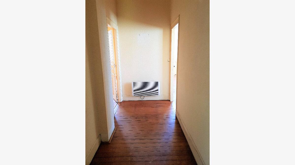 Achat Appartement 4 pièces à Montceau-les-Mines - vignette-7