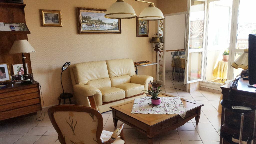 Achat Appartement 4 pièces à Chalon-sur-Saône - vignette-4