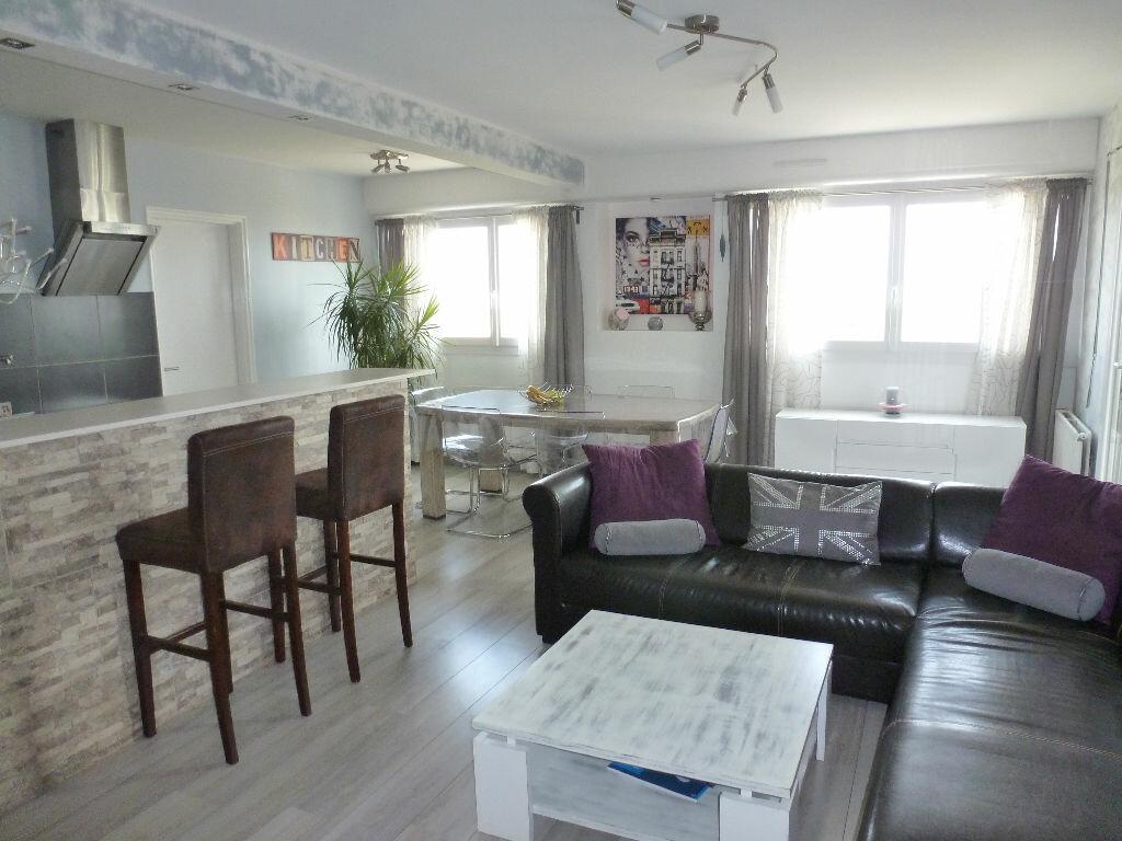 Achat Appartement 4 pièces à Chalon-sur-Saône - vignette-1