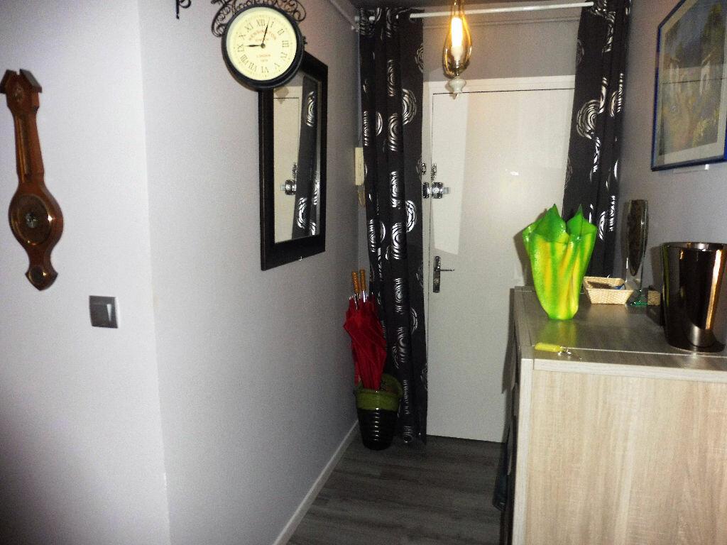 Achat Appartement 3 pièces à Chalon-sur-Saône - vignette-9