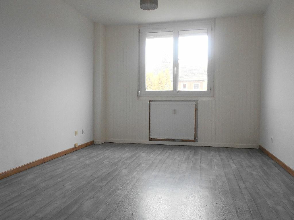 Achat Appartement 1 pièce à Chalon-sur-Saône - vignette-1