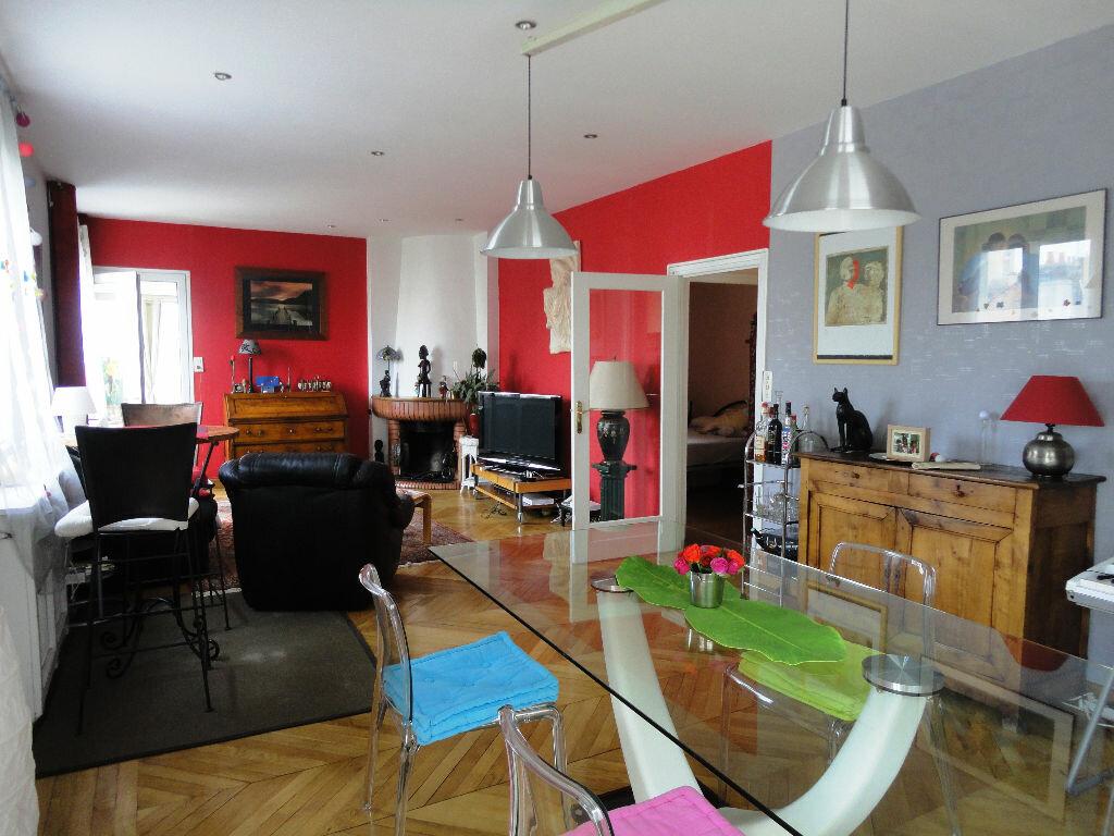 Achat Appartement 4 pièces à Rodez - vignette-1