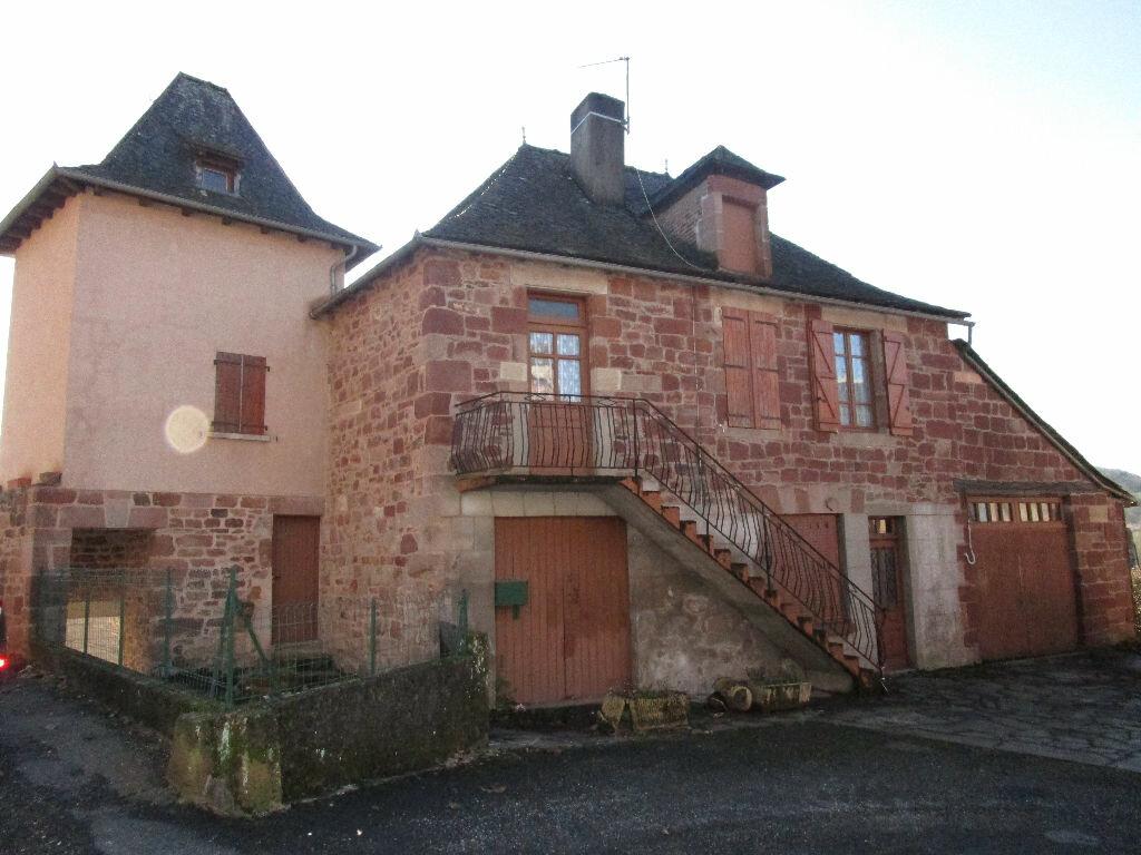 Achat Maison 5 pièces à Saint-Cyprien-sur-Dourdou - vignette-1