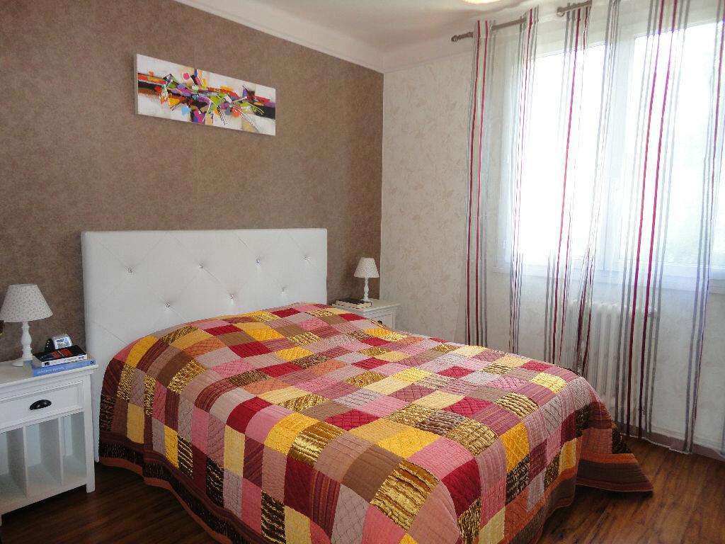 Achat Appartement 4 pièces à Rodez - vignette-4