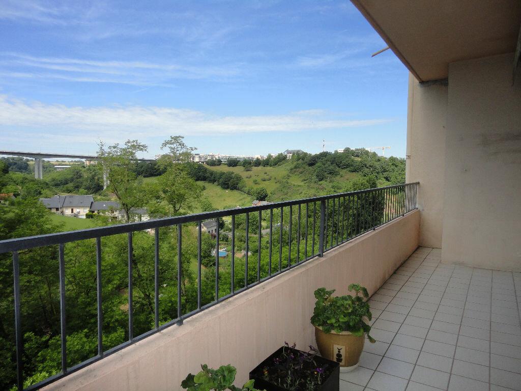 Achat Appartement 4 pièces à Rodez - vignette-7