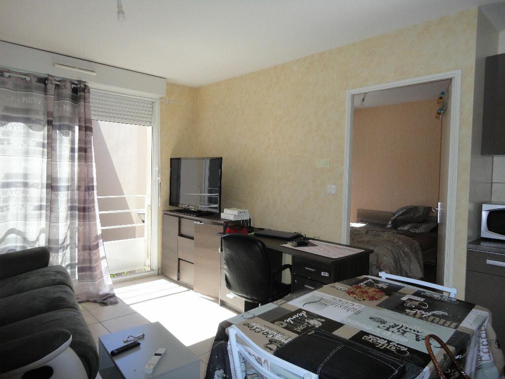Achat Appartement 2 pièces à Luc-la-Primaube - vignette-1