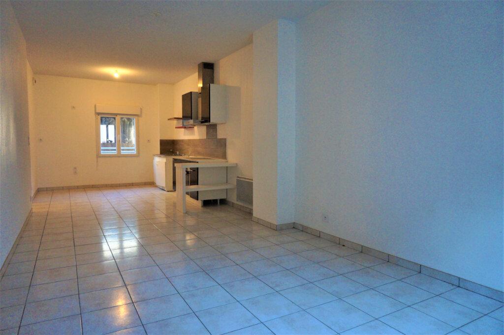 Achat Appartement 2 pièces à Marcillac-Vallon - vignette-4