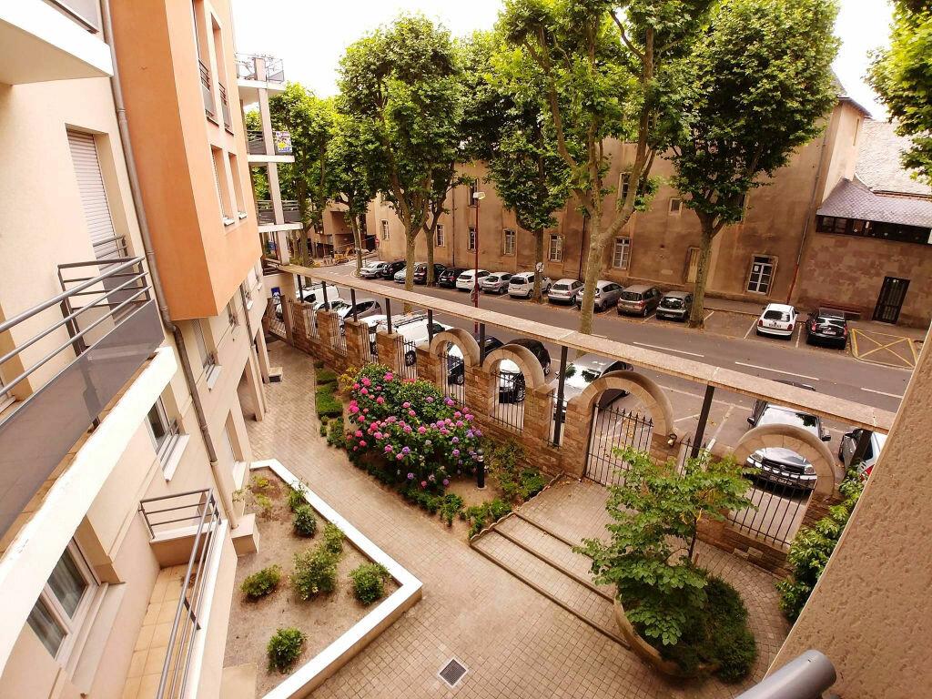 Achat Appartement 4 pièces à Rodez - vignette-2
