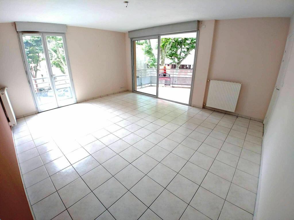 Achat Appartement 4 pièces à Rodez - vignette-16