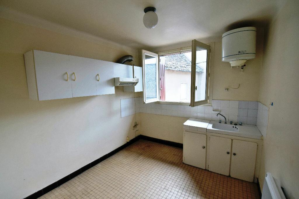 Achat Appartement 3 pièces à Marcillac-Vallon - vignette-1