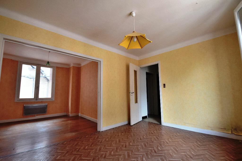 Achat Appartement 3 pièces à Marcillac-Vallon - vignette-2