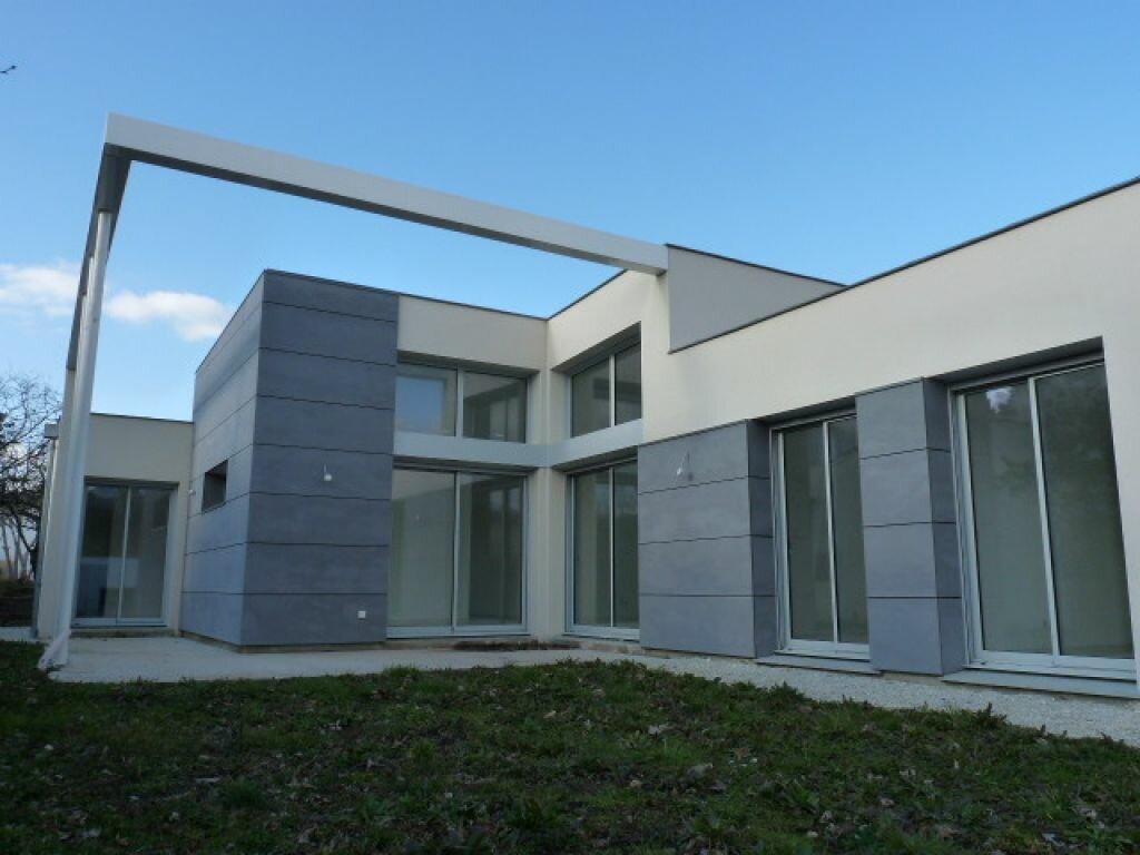 Achat Maison 4 pièces à Saint-Palais-sur-Mer - vignette-1