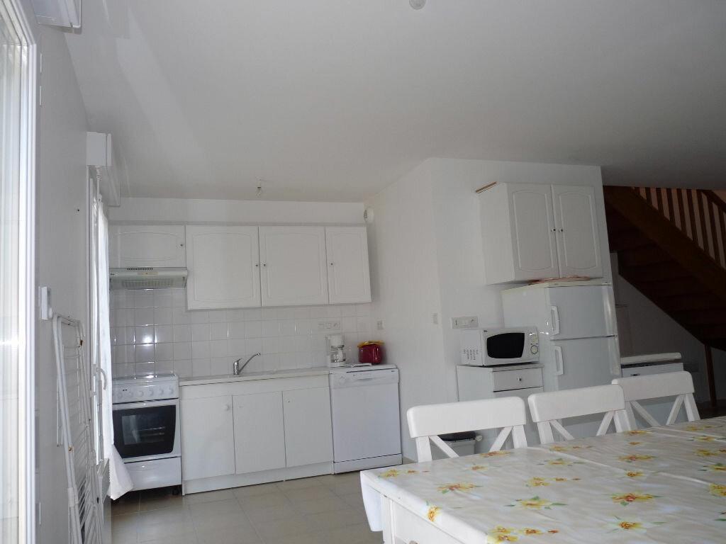 Achat Maison 4 pièces à Saint-Georges-de-Didonne - vignette-4