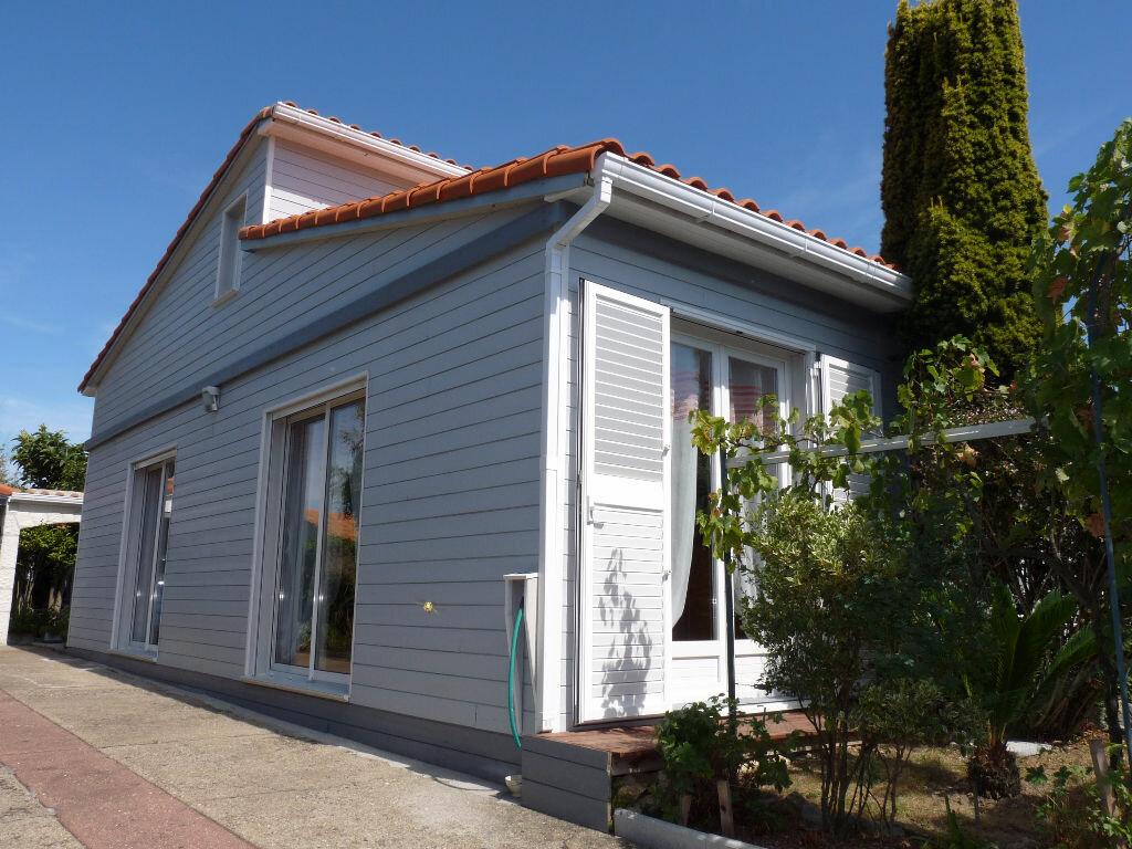 Achat Maison 7 pièces à Vaux-sur-Mer - vignette-1
