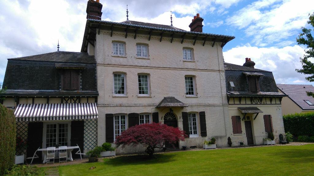 Achat Maison 12 pièces à Isneauville - vignette-1