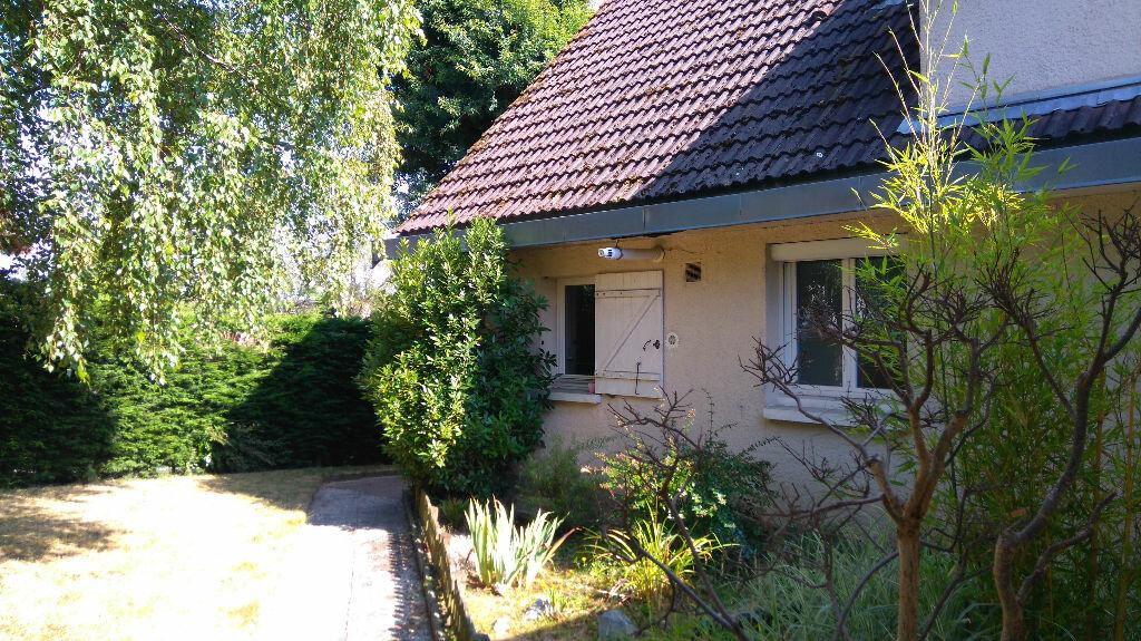 Achat Maison 4 pièces à Elbeuf - vignette-1