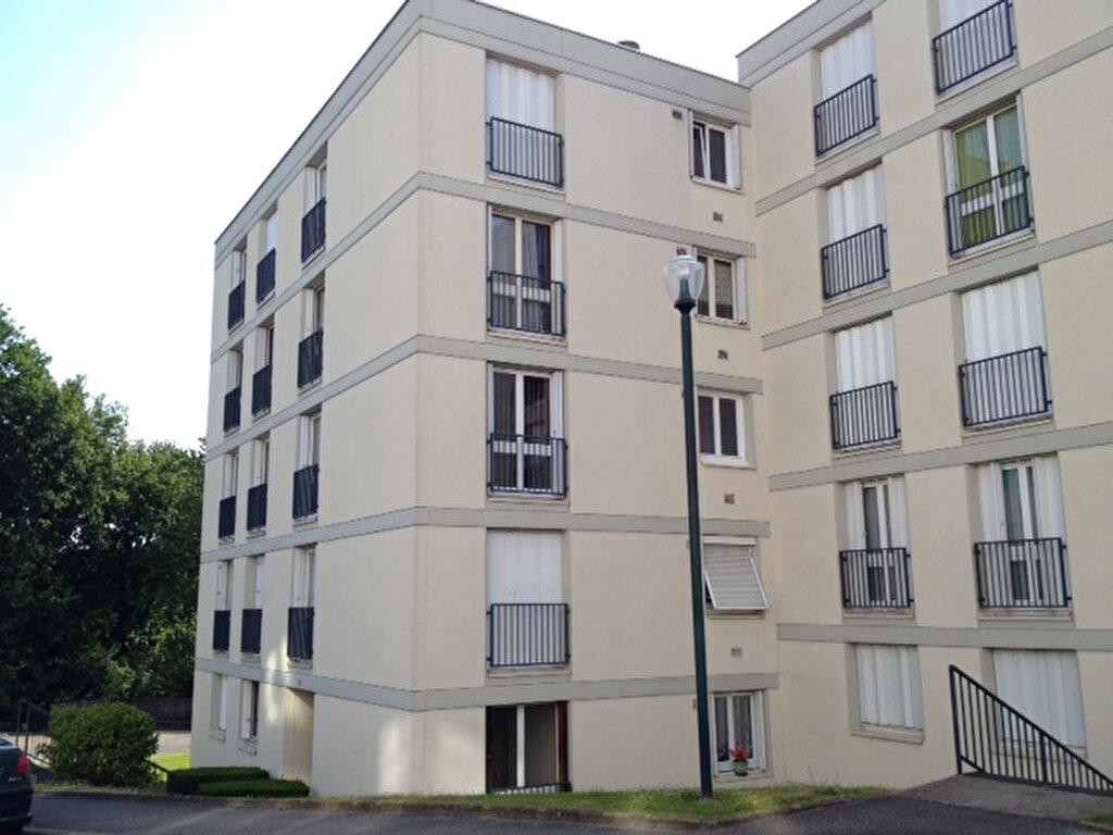 Location Appartement 1 pièce à Maromme - vignette-1