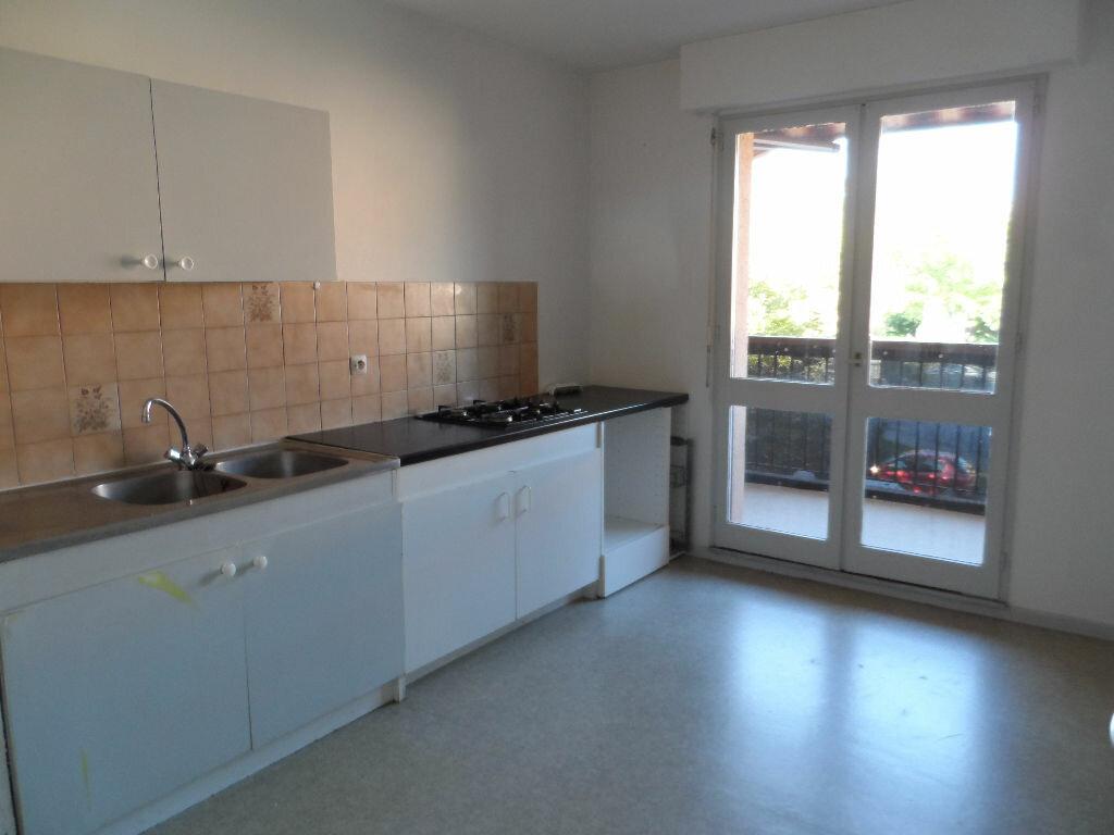 Location Appartement 4 pièces à Toulouse - vignette-1