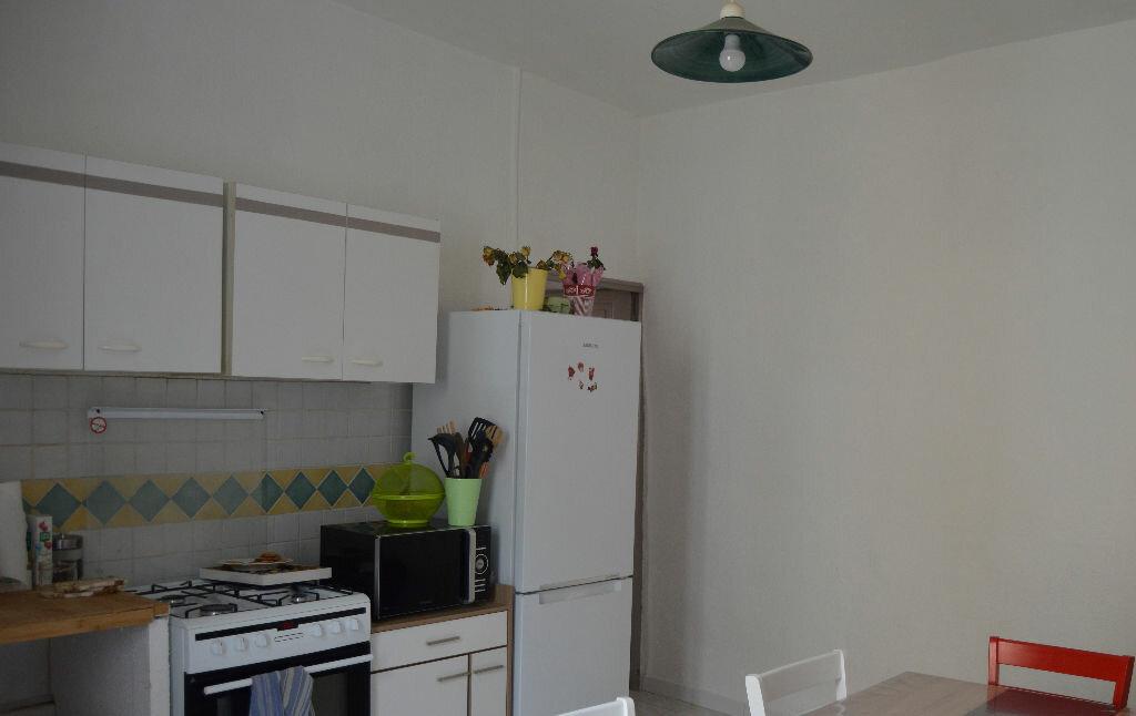 Location Appartement 2 pièces à Saint-Paul-Trois-Châteaux - vignette-2