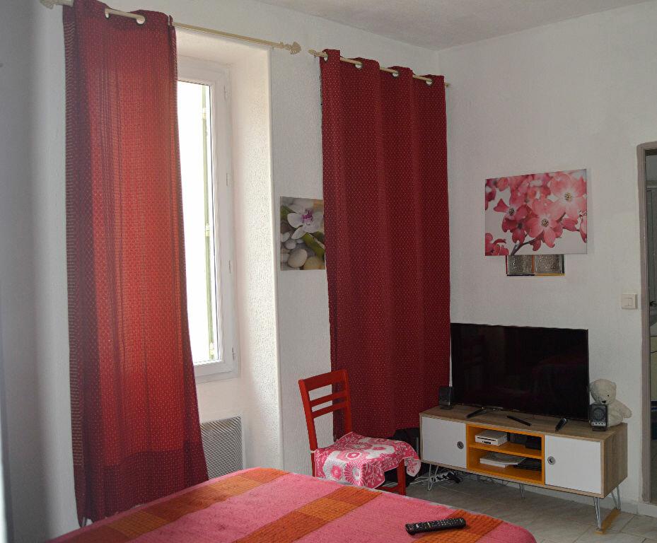 Location Appartement 2 pièces à Saint-Paul-Trois-Châteaux - vignette-3