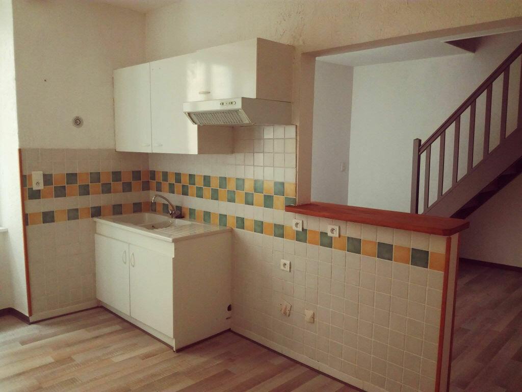 Location Appartement 3 pièces à Saint-Paul-Trois-Châteaux - vignette-3