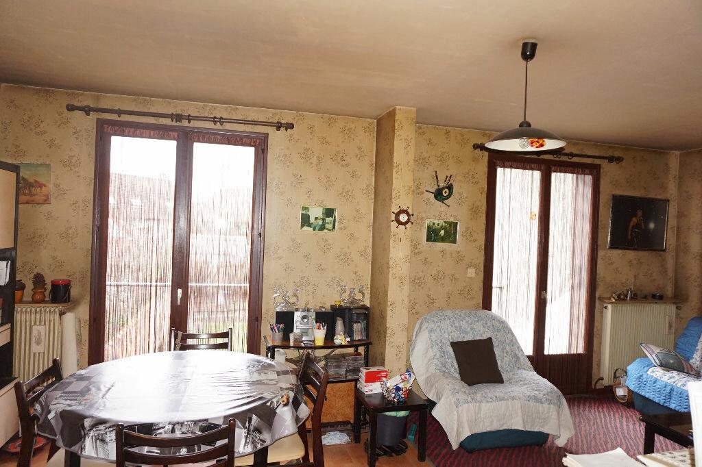 Achat Maison 5 pièces à Vaires-sur-Marne - vignette-7