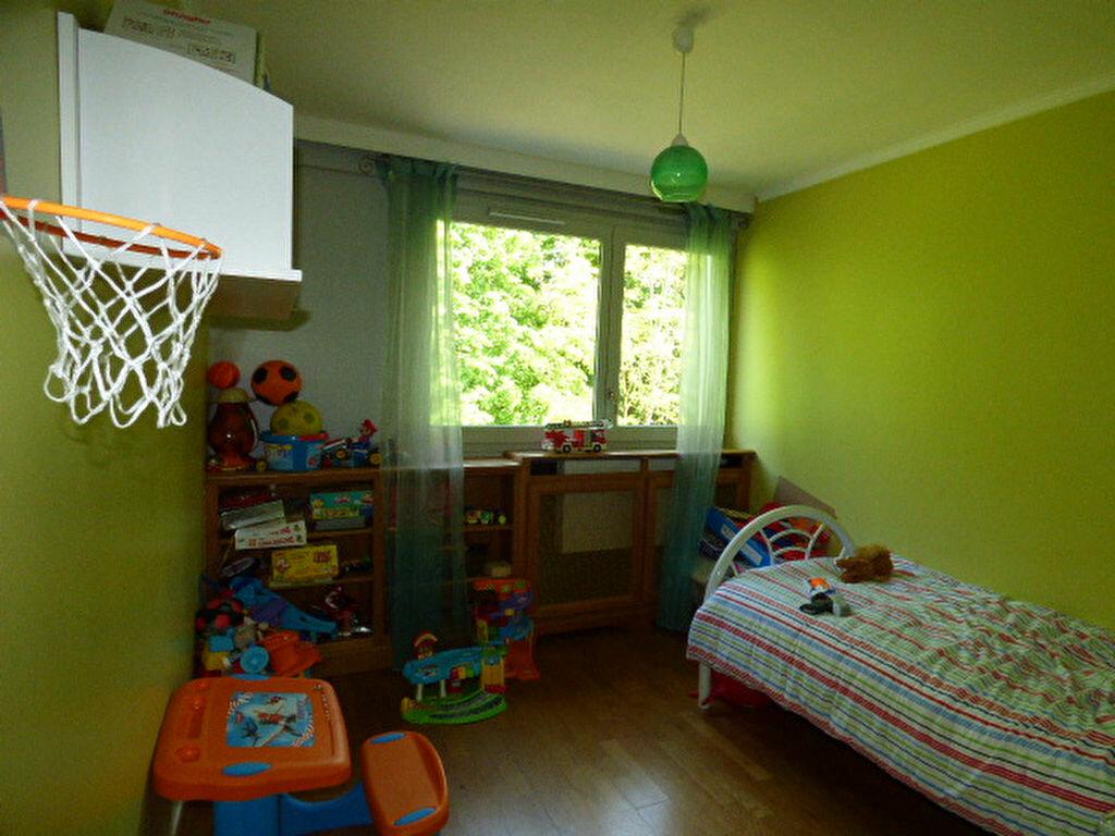 Achat Appartement 4 pièces à Vaires-sur-Marne - vignette-8