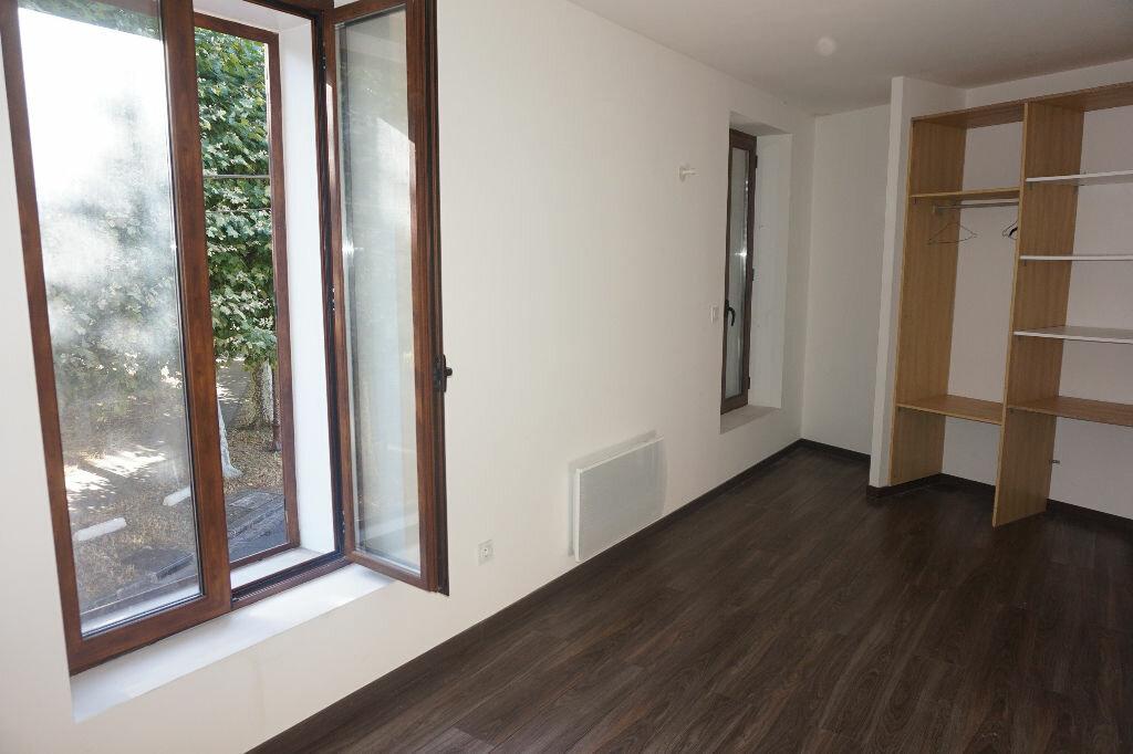 Achat Appartement 3 pièces à Vaires-sur-Marne - vignette-5