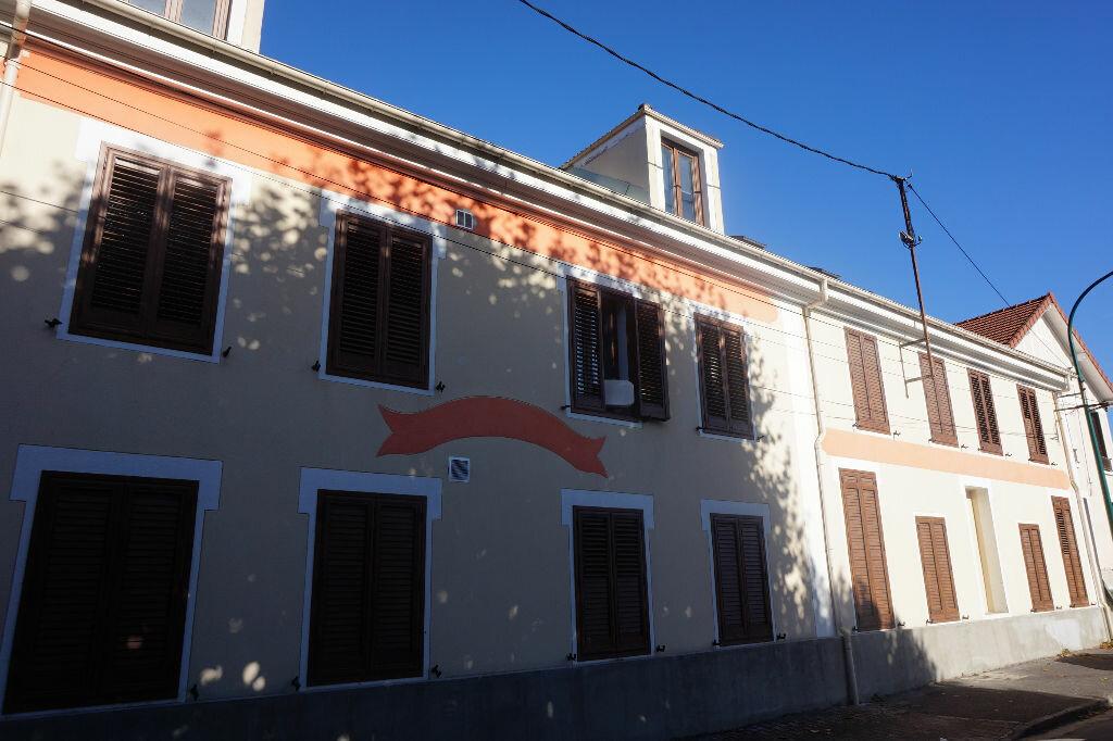 Achat Appartement 3 pièces à Vaires-sur-Marne - vignette-11