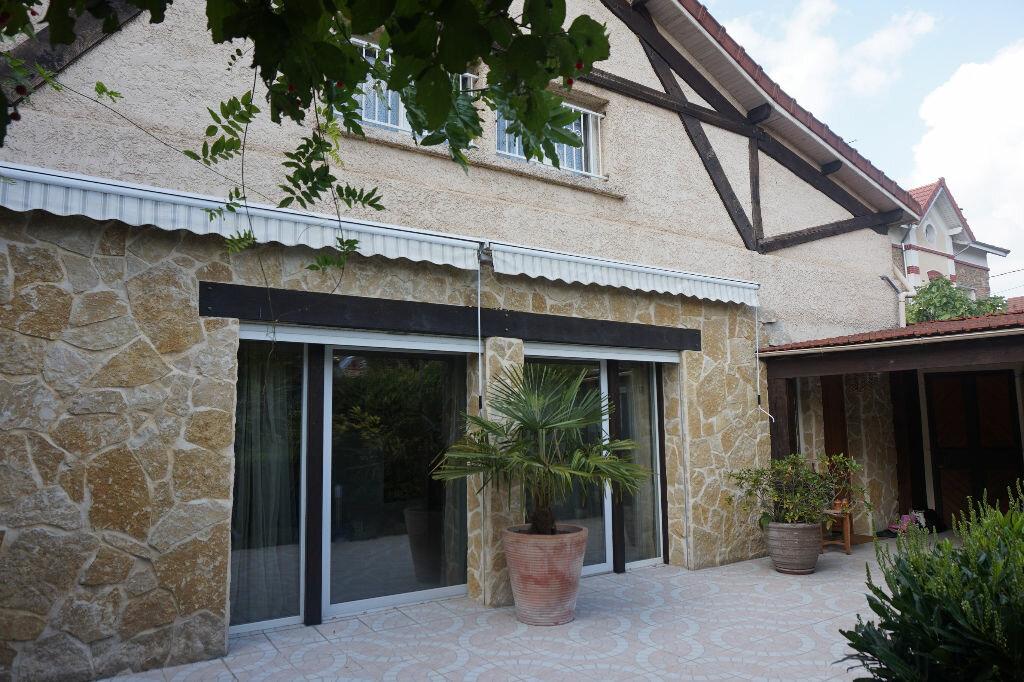 Achat Maison 8 pièces à Brou-sur-Chantereine - vignette-1