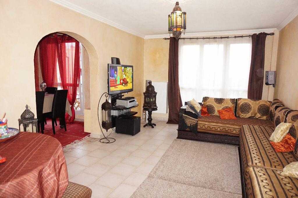 Achat Appartement 5 pièces à Brou-sur-Chantereine - vignette-1