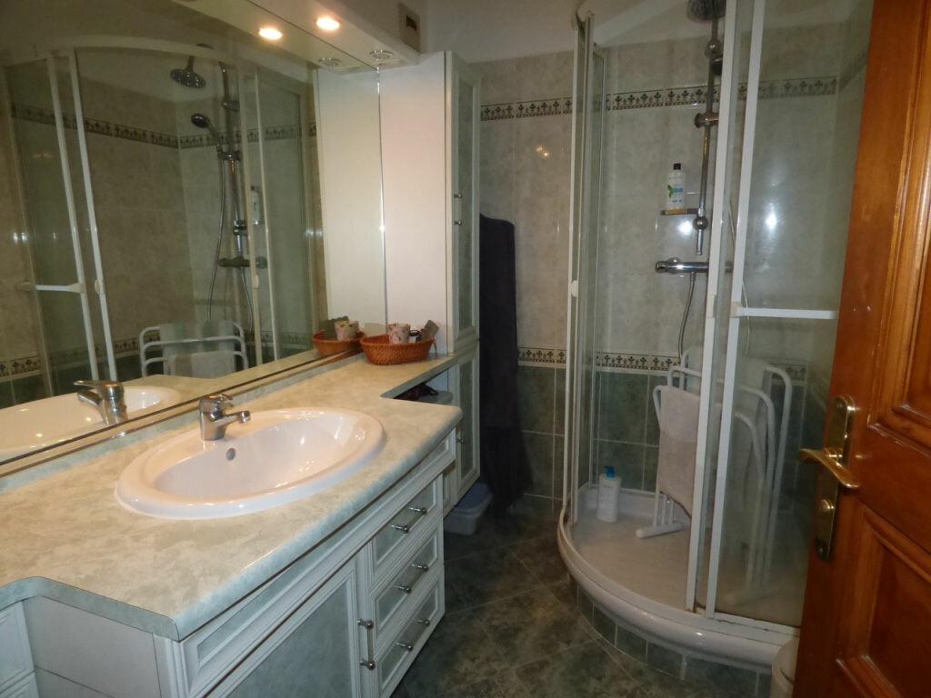 Achat Appartement 4 pièces à Vaires-sur-Marne - vignette-3
