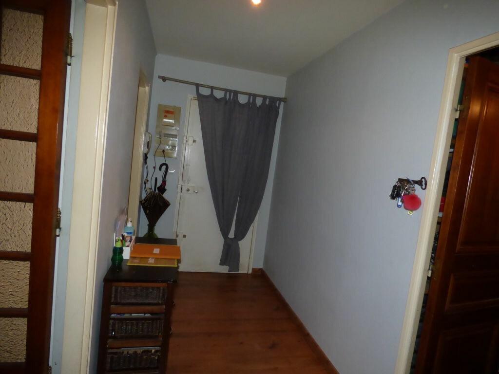 Achat Appartement 4 pièces à Vaires-sur-Marne - vignette-6