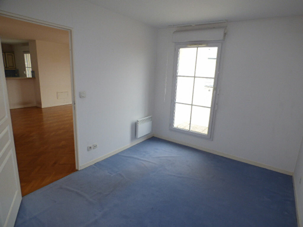 Achat Appartement 4 pièces à Vaires-sur-Marne - vignette-5