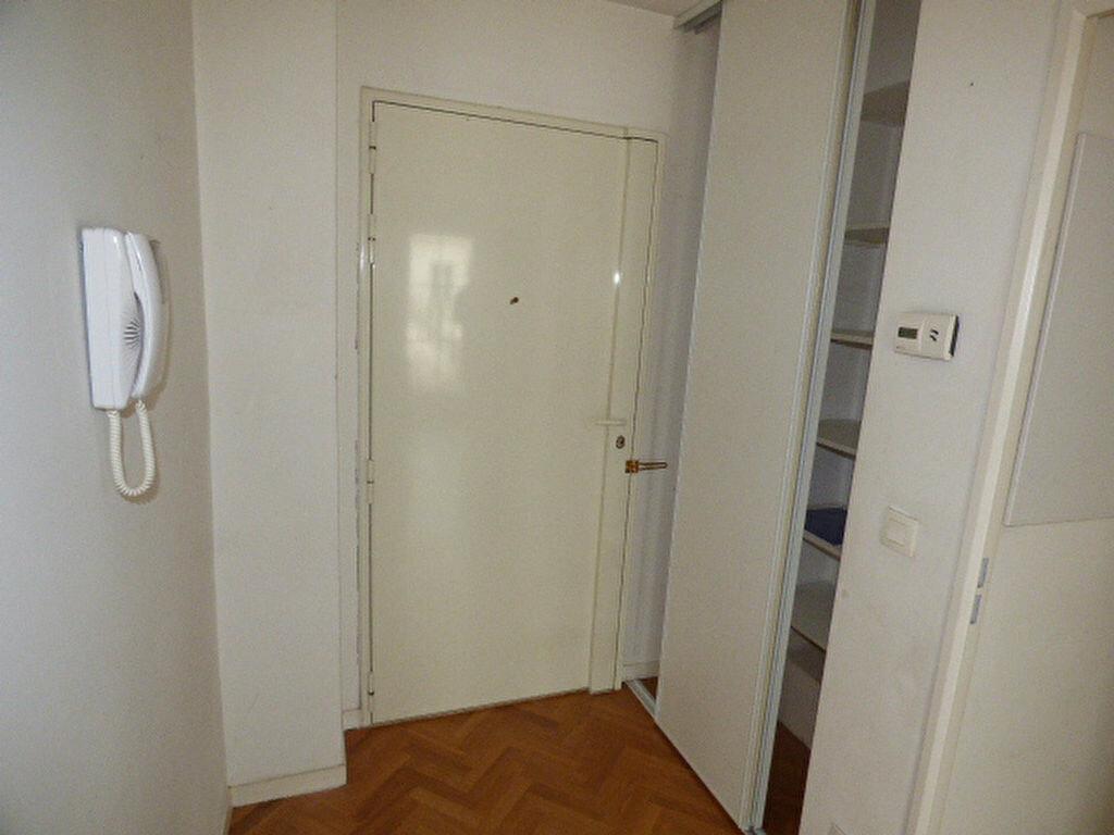 Achat Appartement 4 pièces à Vaires-sur-Marne - vignette-10