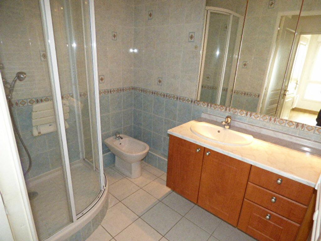 Achat Appartement 4 pièces à Vaires-sur-Marne - vignette-12