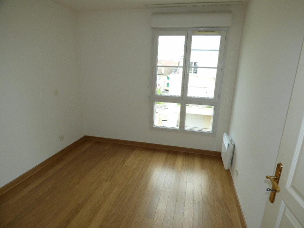 Achat Appartement 4 pièces à Vaires-sur-Marne - vignette-14