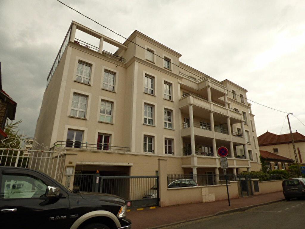 Achat Appartement 4 pièces à Vaires-sur-Marne - vignette-17