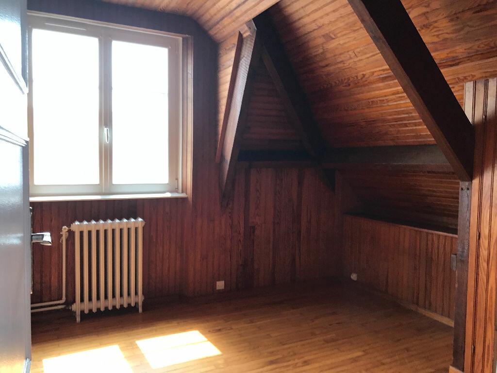 Location Maison 6 pièces à Gouesnou - vignette-7