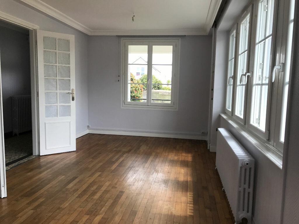 Location Maison 6 pièces à Gouesnou - vignette-14