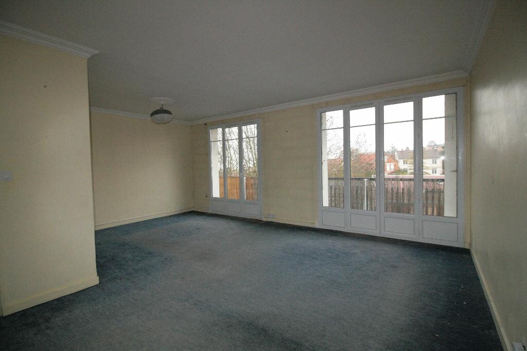 Achat Appartement 3 pièces à Clamart - vignette-2