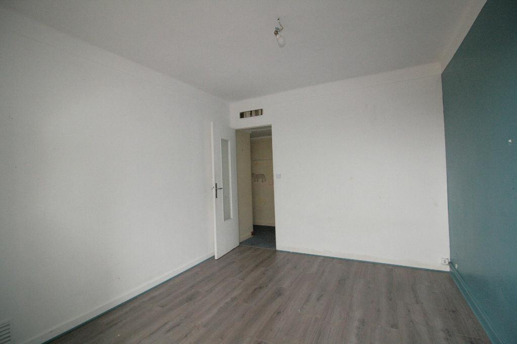 Achat Appartement 3 pièces à Clamart - vignette-3