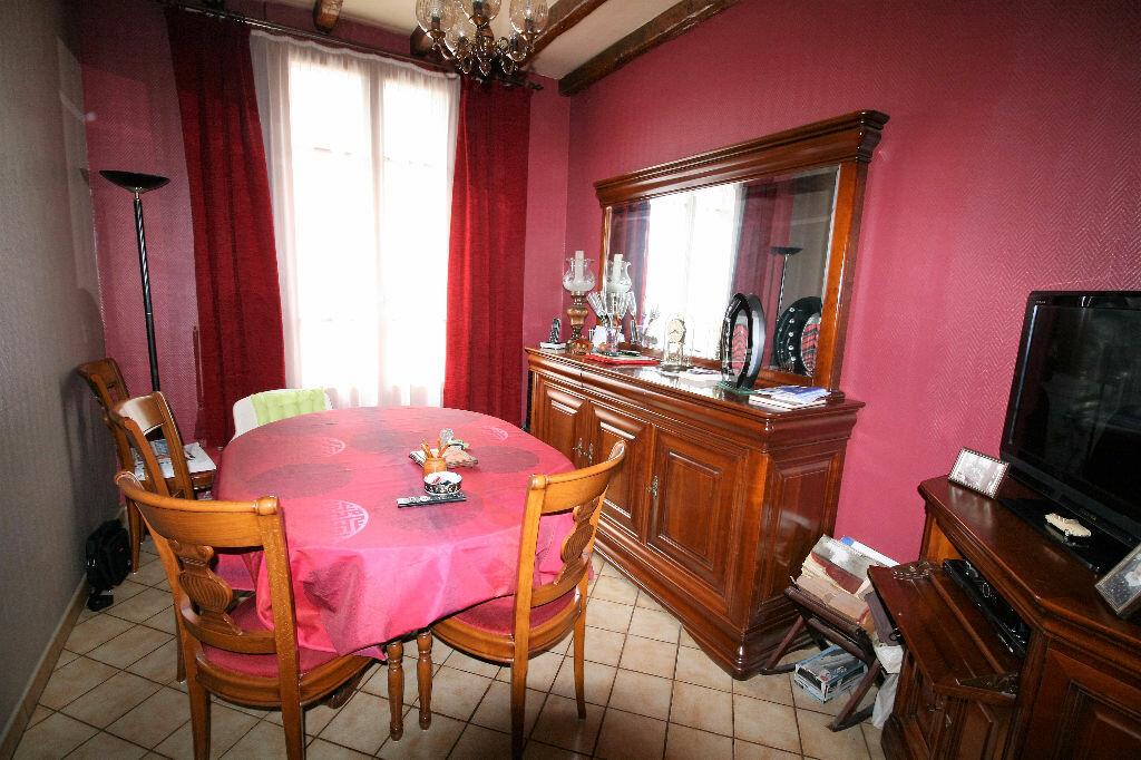 Achat Appartement 2 pièces à Clamart - vignette-3